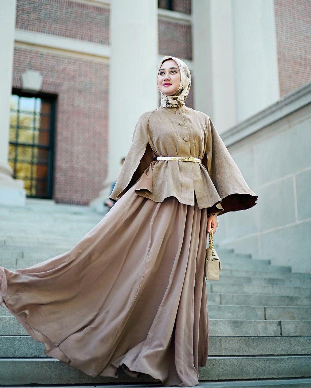 Dian Pelangi Gamis  Gaya hijab, Baju muslim, Pakaian wanita