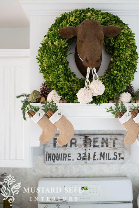 Farmhouse Christmas Kitchen Decor