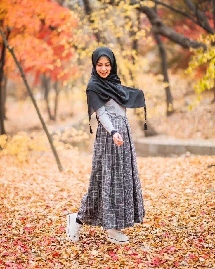 Pin Oleh Ajzhan Bajsabyrova Di Outfit Ideas Model Pakaian Hijab Model Pakaian Muslim Gaya Berpakaian