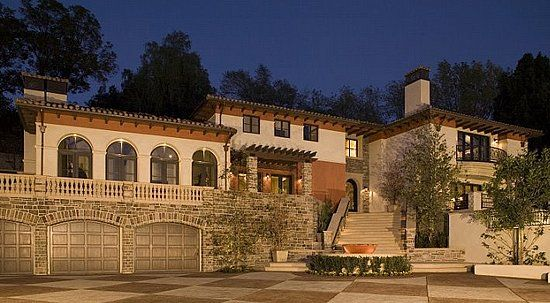 this just in: britney spears goes house hunting | clark gable