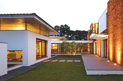 U shaped house plans with central courtyard recherche for U shaped home plans with courtyard