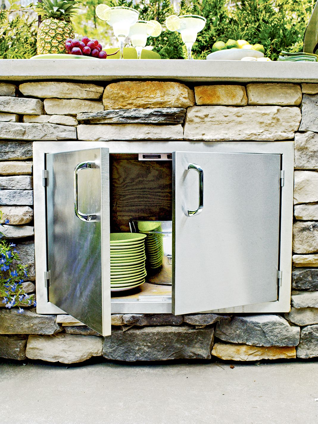 Read this before you put in an outdoor kitchen outdoor furniture