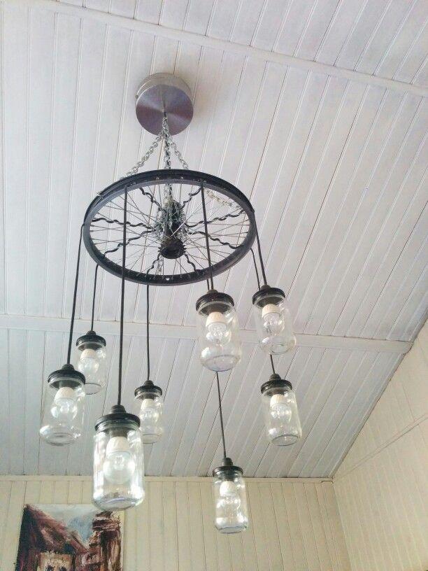 lustre cr e par roselyne vallo diy recup ration bocaux roue de v lo chaines et reste d 39 un. Black Bedroom Furniture Sets. Home Design Ideas