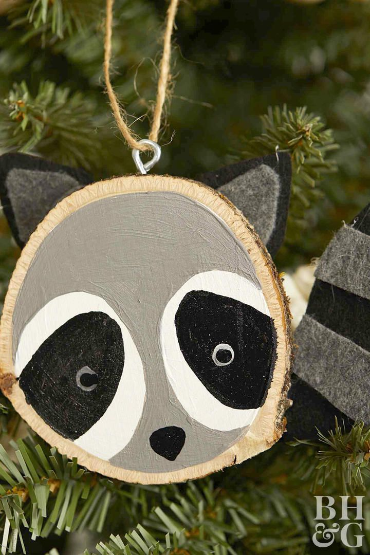 How to Make the Cutest Wood-Slice Animal Ornaments #diyornaments