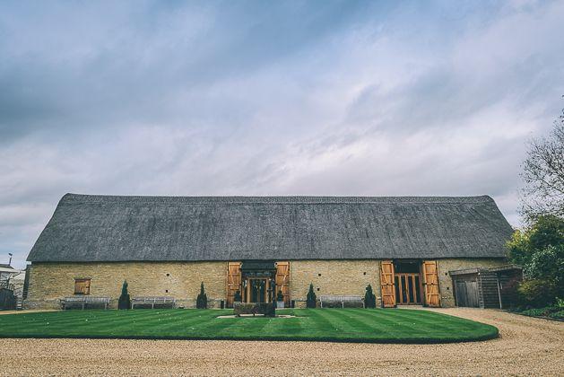 Bicester Tythe Barn Oxfordshire Wedding Venue Ideas Wedding Photography