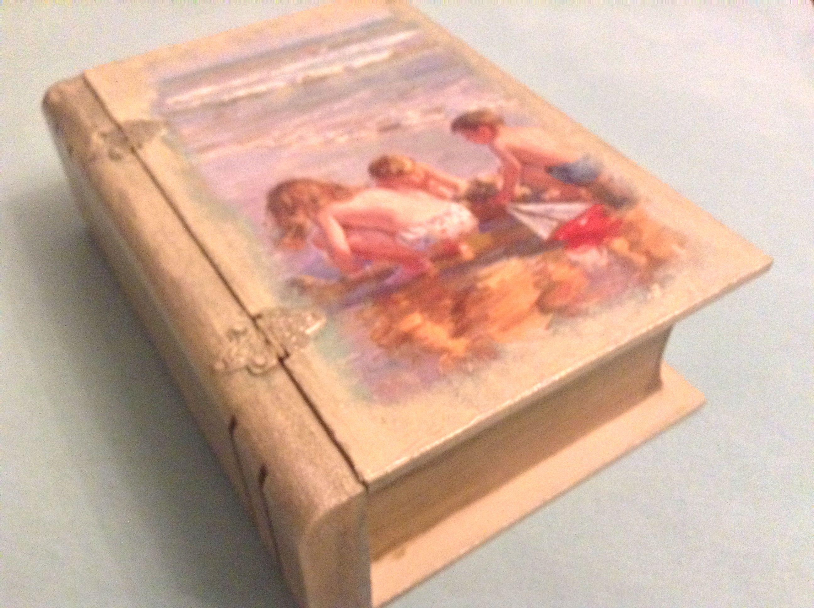Ahşap eskitme kitap kutu