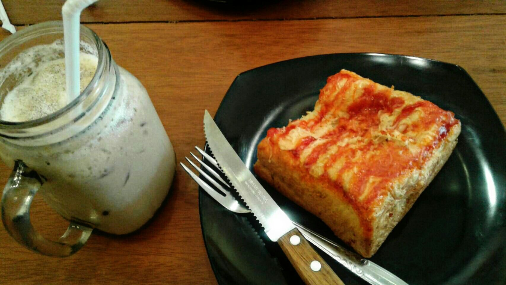 Beef Bread With Moccacino Ice Bland At Purwakarta Yummi Beef