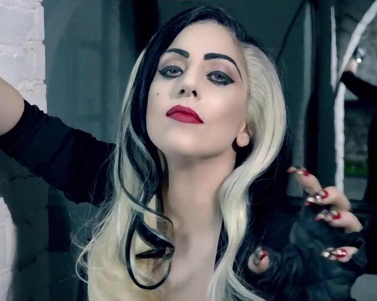 Black Bangs Days Lady Gaga Pictures Lady Gaga Photos Lady Gaga