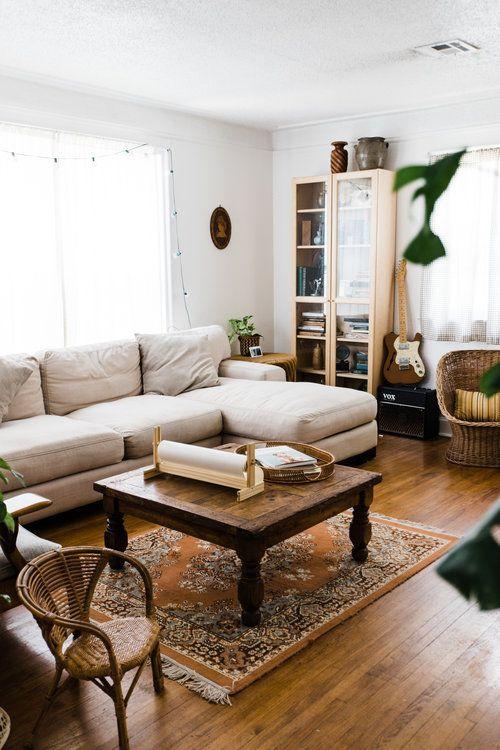 Midwest Home Tour: A Warm & Rustic Artists' Bungalow — Retro Den   Vintage Furniture and Homewares  - casa #Artists #Bungalow #casa #Den #Furniture #Home #Homewares #Midwest #Retro #Rustic #Tour #Vintage #Warm #SpecialHomeDecor #HomeDecor #home #decor