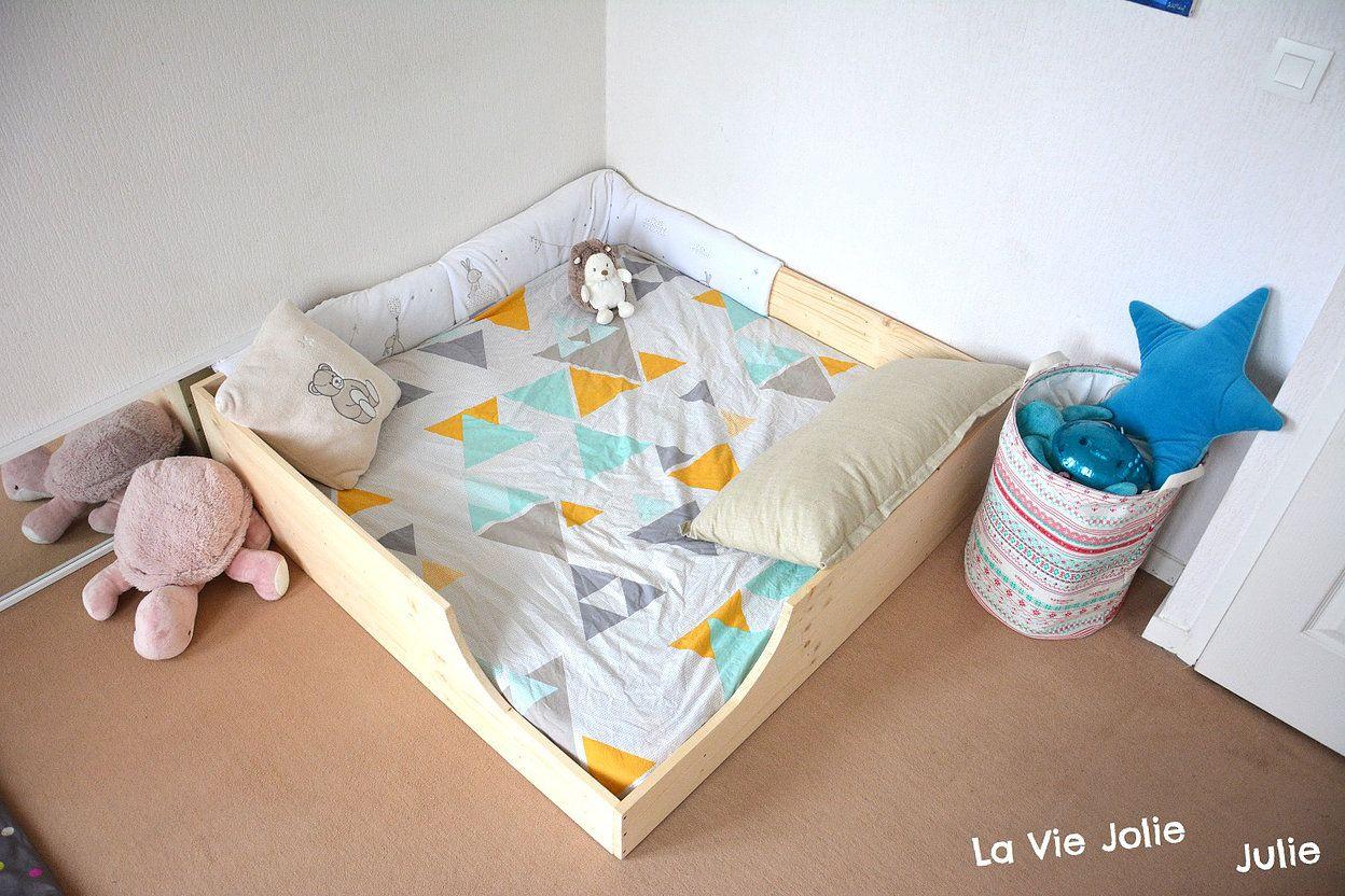 lit au sol pour b b 2 nouvelle version la vie jolie julie blog de maman b b enfant. Black Bedroom Furniture Sets. Home Design Ideas