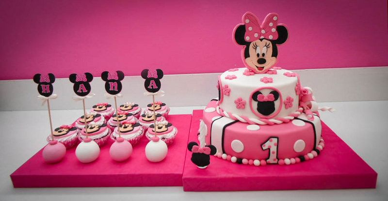 Minnie Mouse cake, cupcakes and pops – Mini Maus torta, mafini i popsi