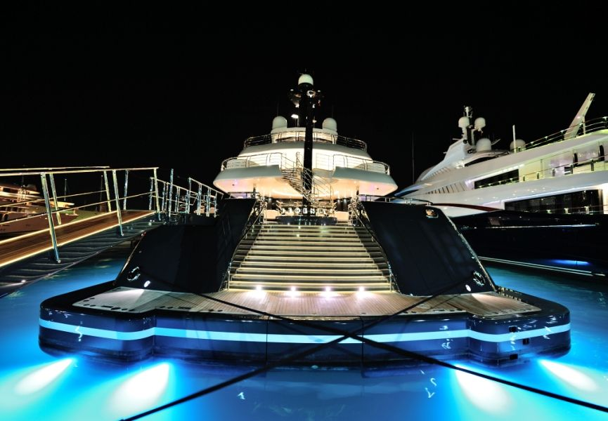 Billionaire Luxury Yachts The Rich Famous With Images Boat