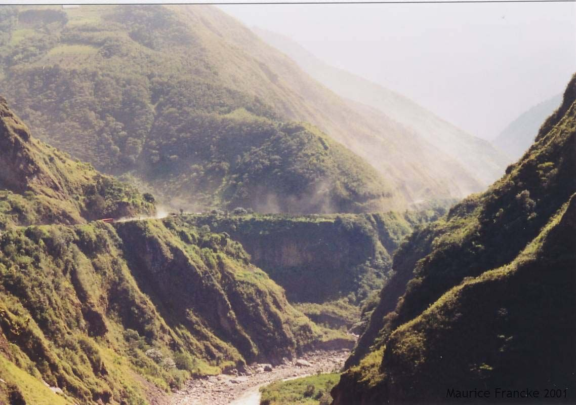 Circuito Quilotoa : Baños to puyo ecuador. best bike ride ever. places id like to go