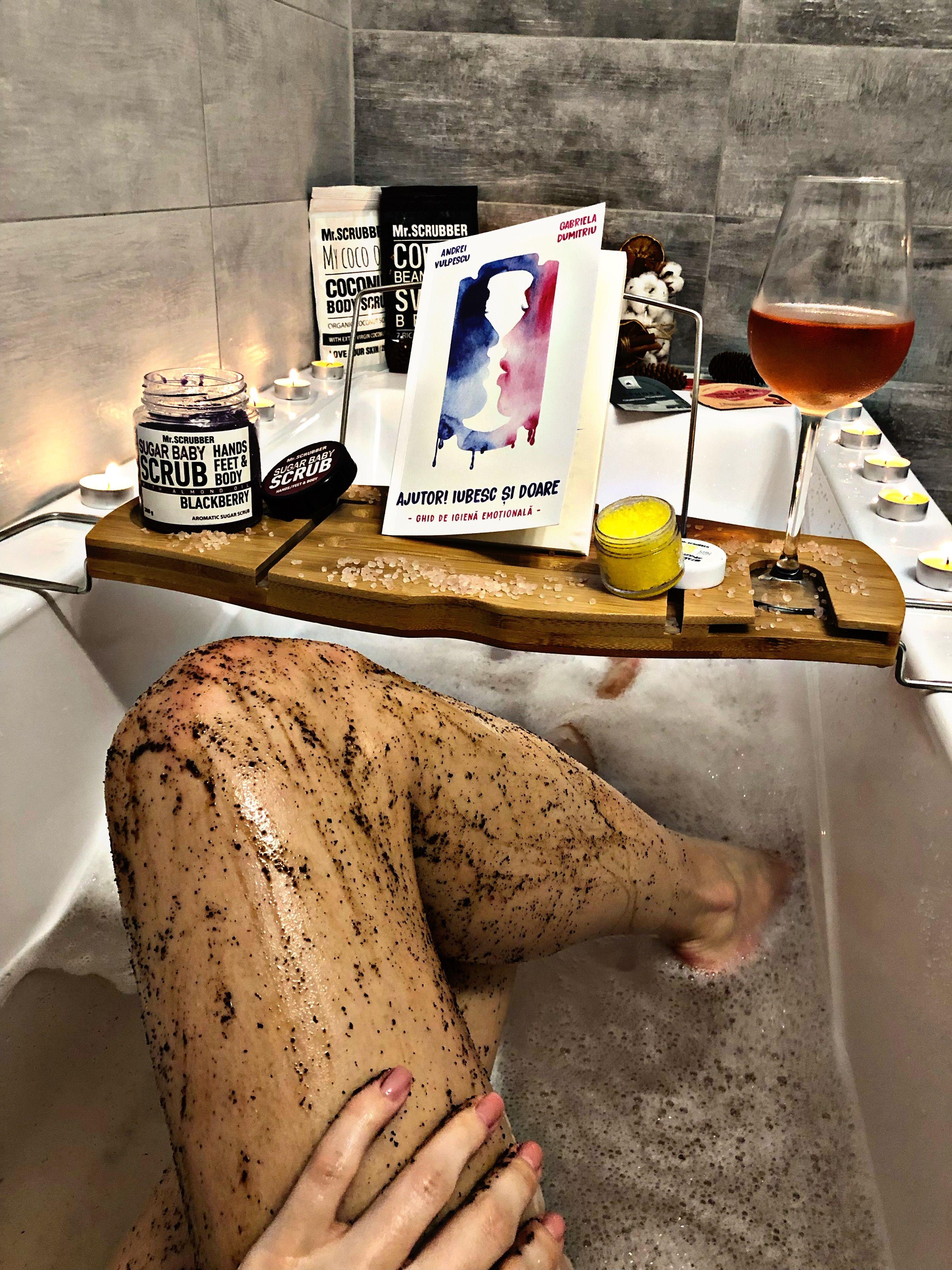 Pin by Sensy on Design living Living design, Bath caddy