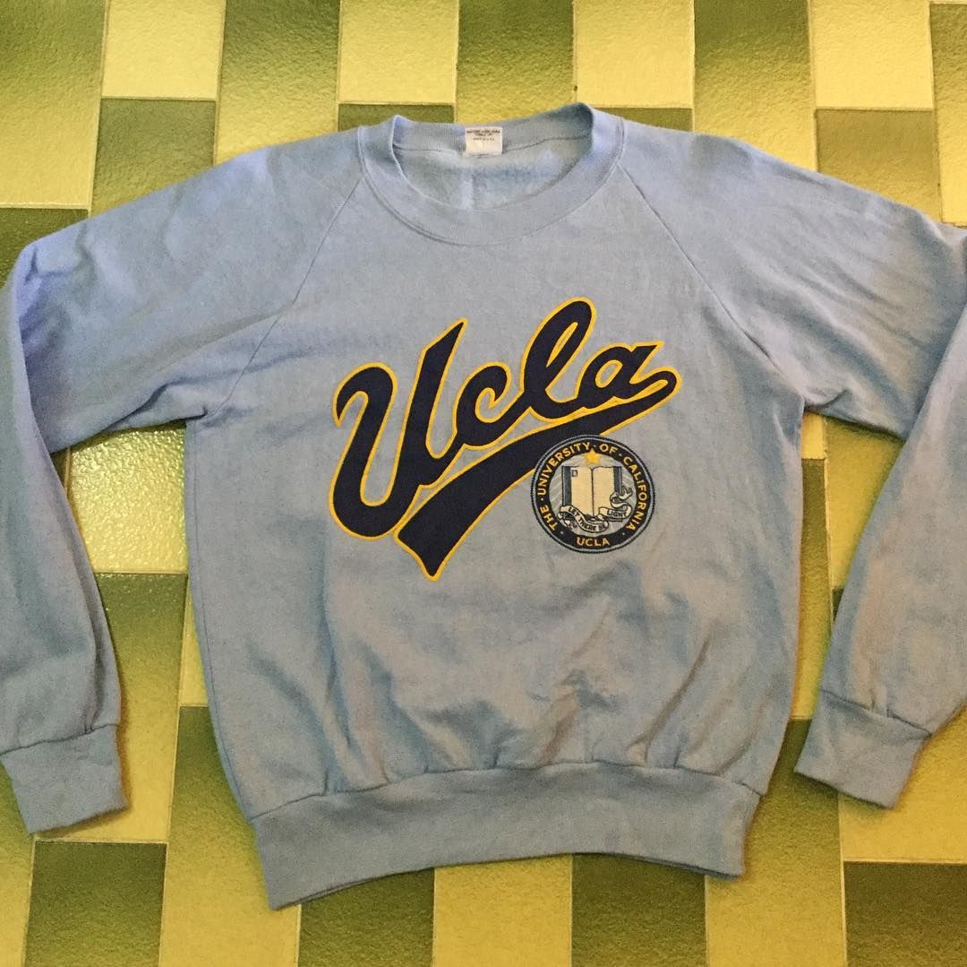 Vintage Ucla The University Of California Pullover Sweatshirt Size M Made In Usa Material 50 50 Cotto Sweatshirts University Sweatshirts Pullover Sweatshirt [ 1079 x 1080 Pixel ]