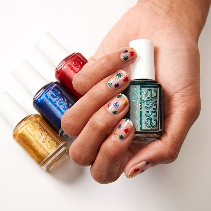 add some bling to your holiday with festive essie glitters #howtoapplybling