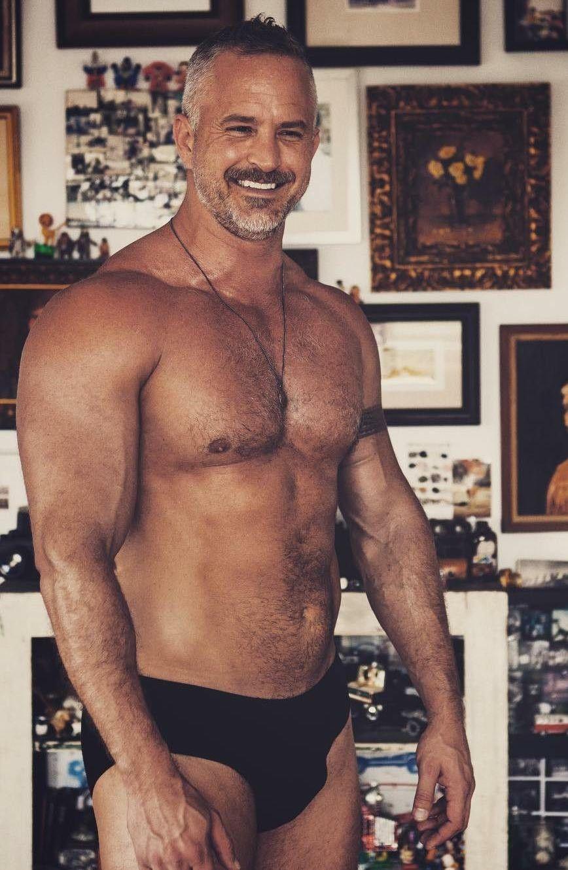 Pin von tg auf chest pinterest sexy men mature men und hairy men