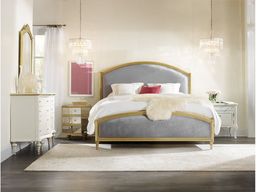 Gorgeous Bedroom With Two Different Nightstands Www Bocadolobo Com