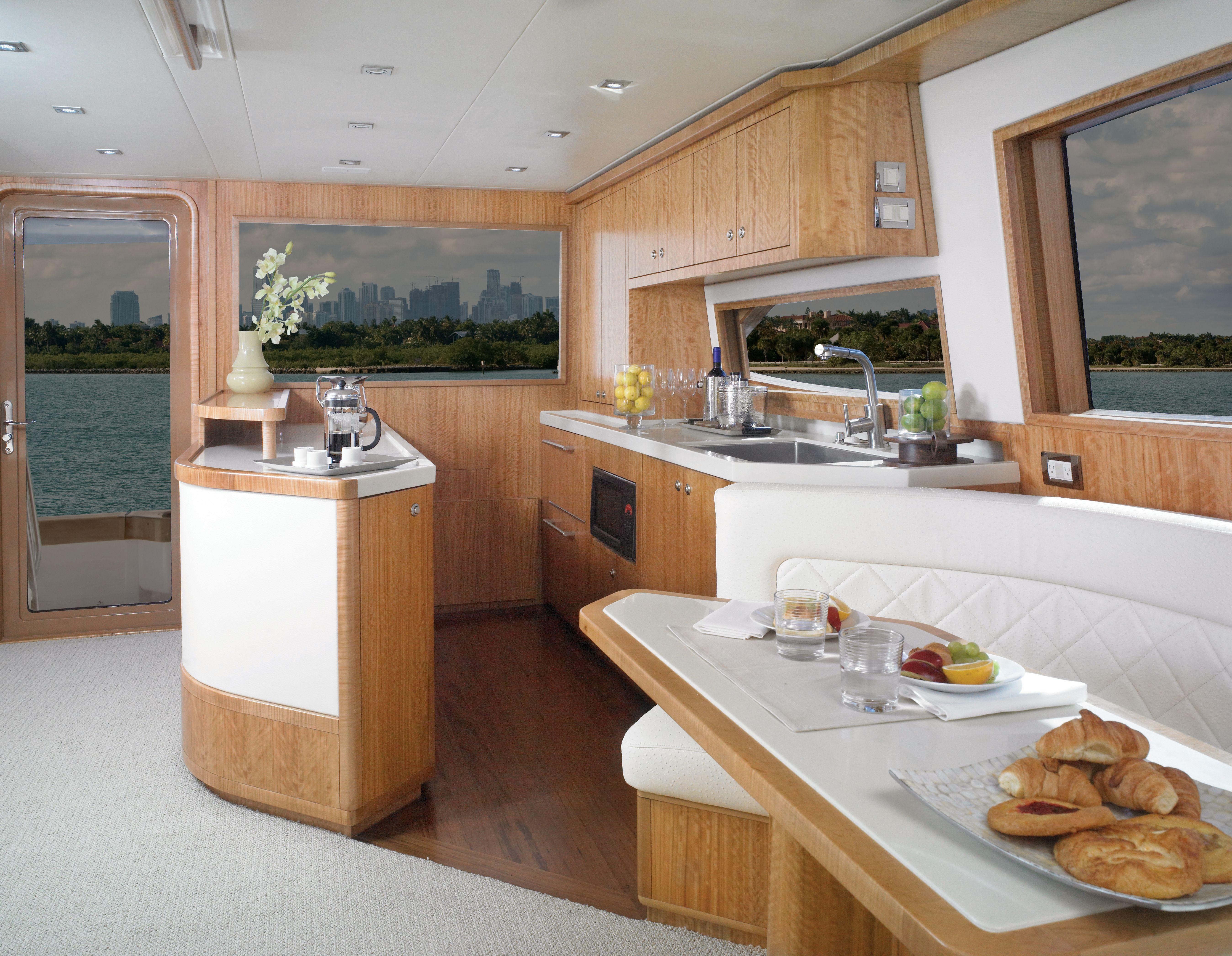 Bertram 54 luxury sportfishing yacht bertram