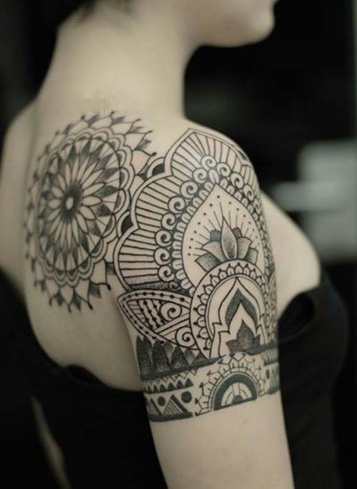 kad n omuz d vmeleri mandala tumblr woman shoulder tattoos. Black Bedroom Furniture Sets. Home Design Ideas