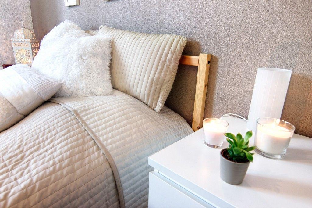 Décoration d\u0027une chambre cocooning, une chambre en camaieu de blancs