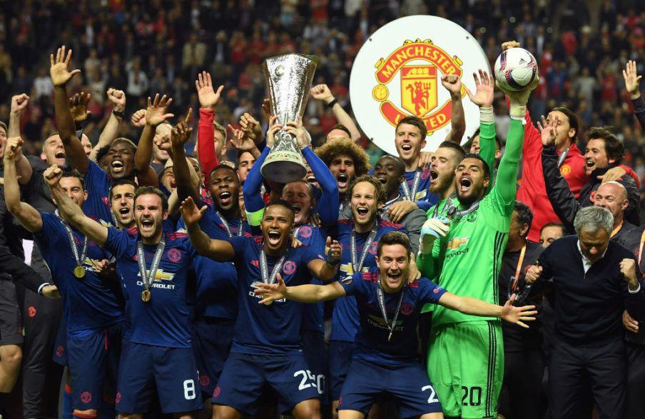 Video  Juara Liga Europa 58711ac275