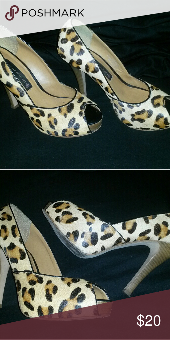 26e2ad917cb Steve Madden Leopard Calf-Hair Peep Toe Pumps Women's size 8 1/2 M ...