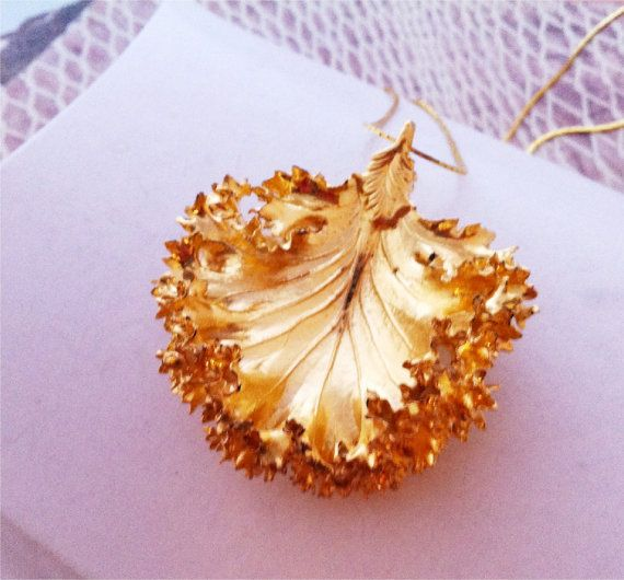 Real Leaf Jewelry Large KALE LETTUCE Leaf Necklace Pendant gold