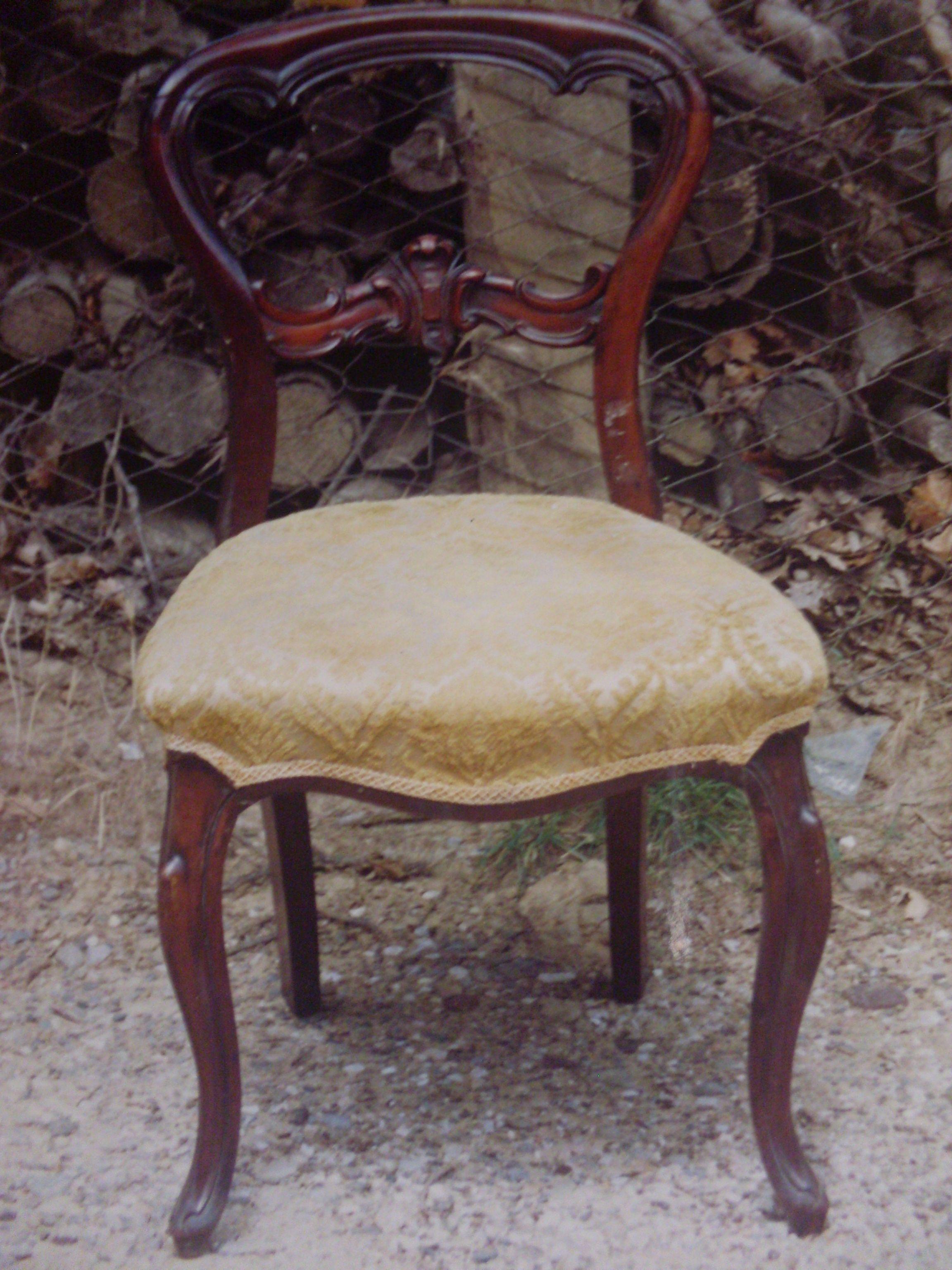 Sedia in mogano (primi 800)