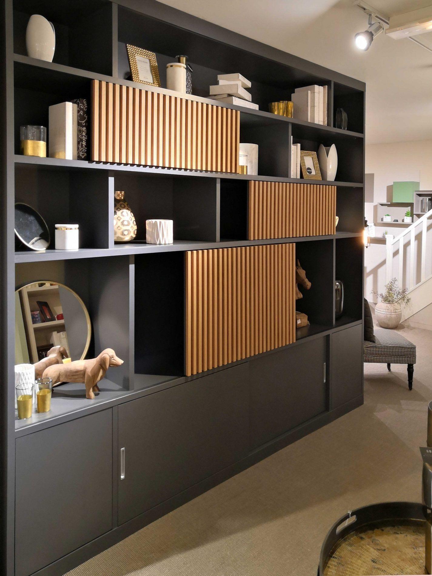 Bibliotheque Design Et Sur Mesure La Compagnie Des Ateliers Meuble Rangement Salon Bibliotheque Design Meuble Mural Salon