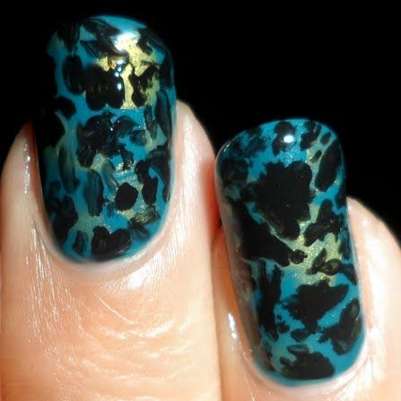 Crackle Effect Nails by Madjennsy N.