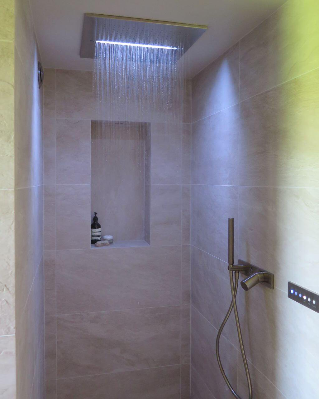 Walk In Rain Shower Barn Bathroom Wet Rooms Luxury Bathroom