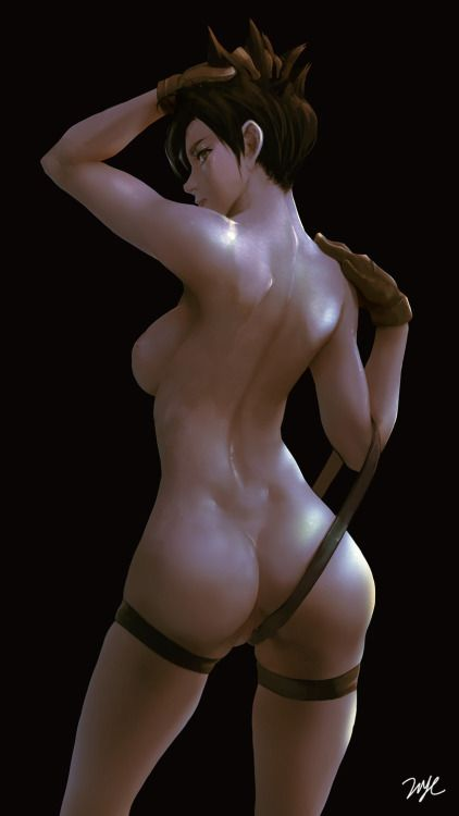 tracer nude