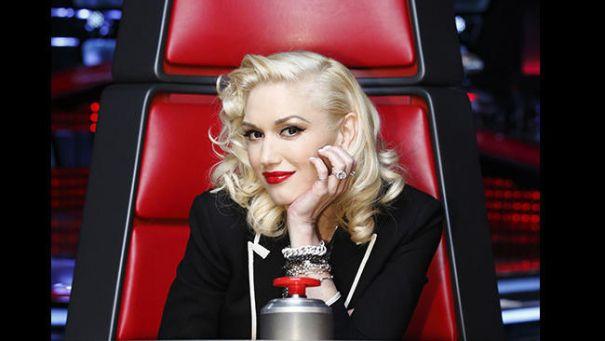 miley cyrus eyebrows: Christina Aguilera in Alejandro