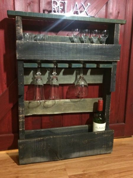 Pallet Wine Stand | Bookcases u0026 Shelving Units | Lloydminster | Kijiji & Pallet Wine Stand | Bookcases u0026 Shelving Units | Lloydminster ...
