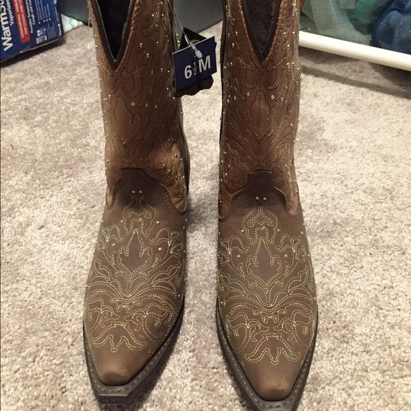 Rockin' Country Cowgirl Boots with studs Never worn, tags still on. Retails for $299. Will consider best offer Rockin' Country Collection Shoes