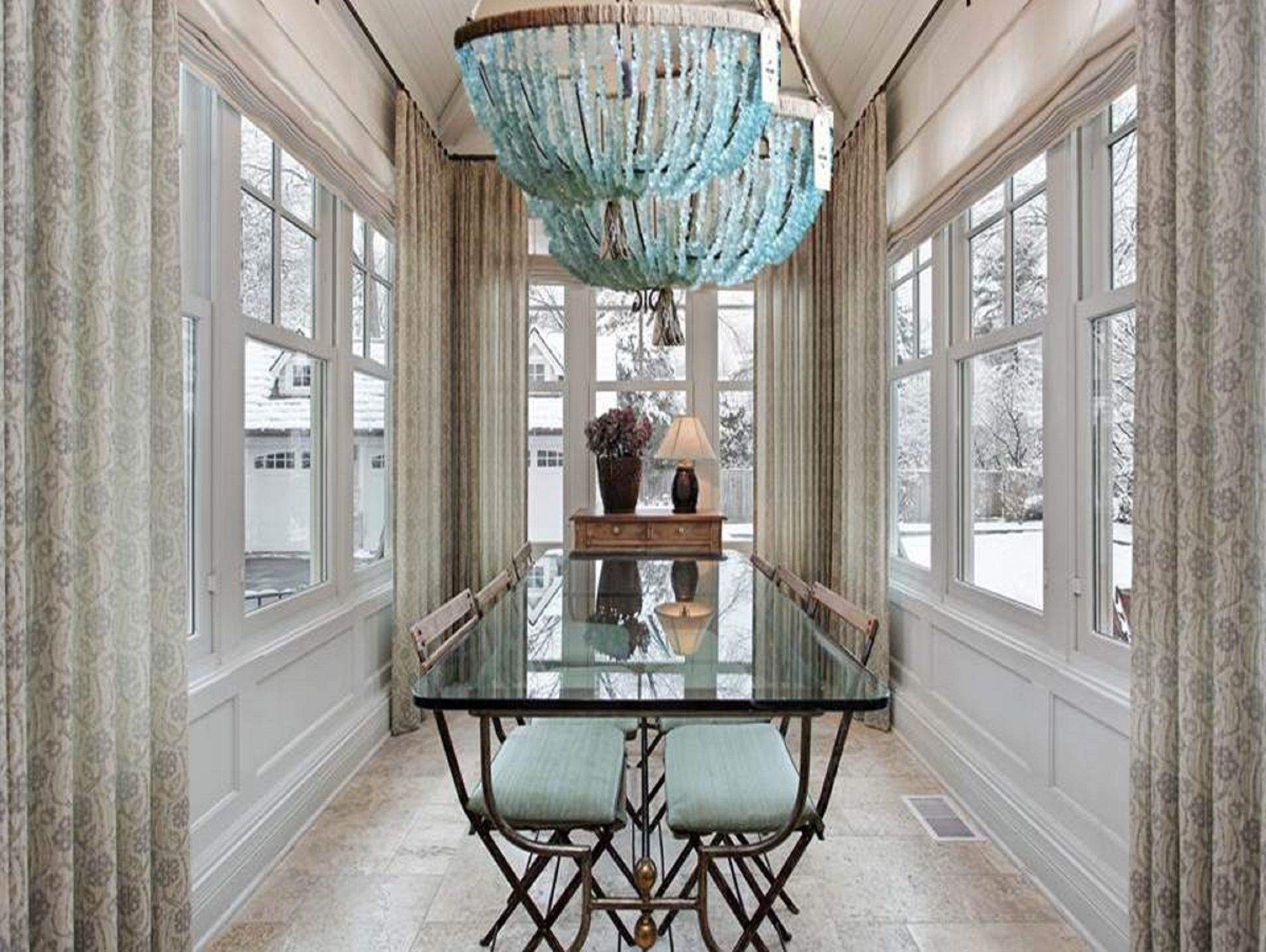 Au Courant Interiors | Chandeliers