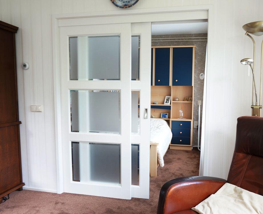 Schuifdeur met mat glas | HvS-Design | Maatwerk meubelen speciaal ...
