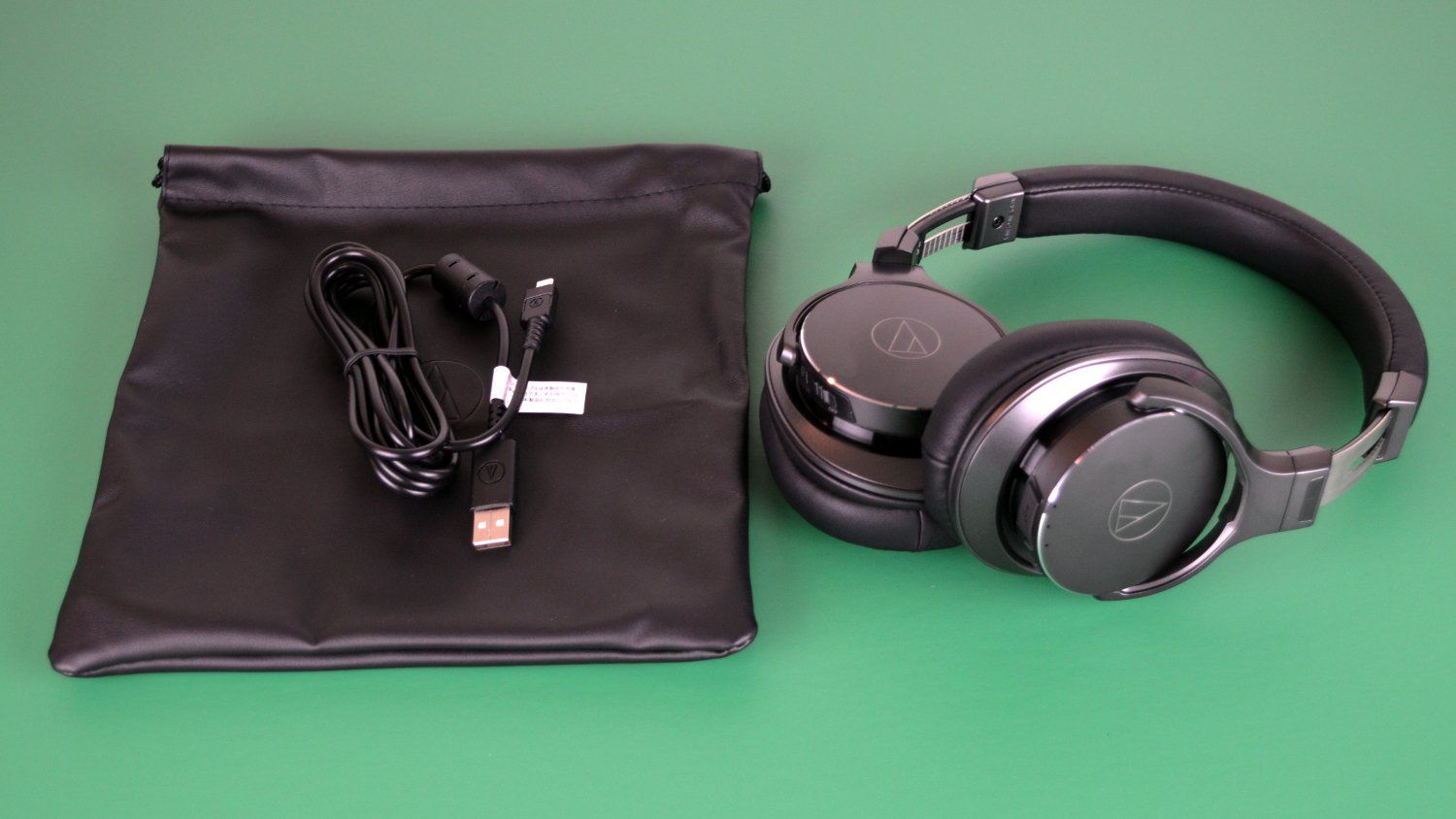 Audio Technica Has Long Been An Excellent Choice For Those Looking For A Detailed Sound Quality Now The C Wireless Headphones Review Audio Technica Headphones