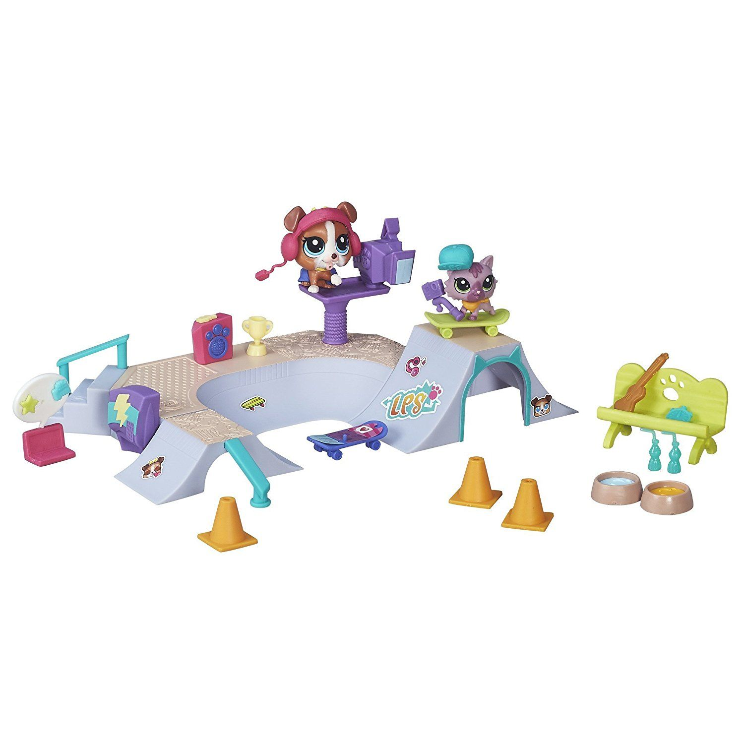 Amazon Com Littlest Pet Shop Skate Park Toys Games Little Pet Shop Toys Lps Pets Lps Toys
