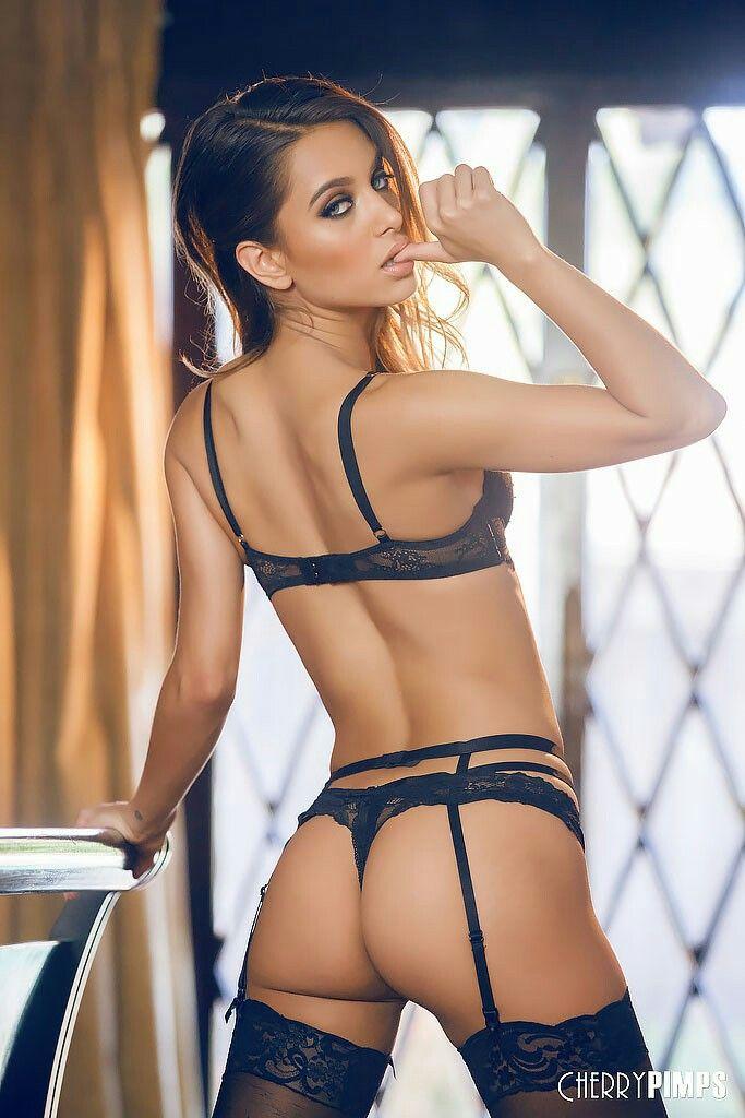 Hot girls in lingerie tgp