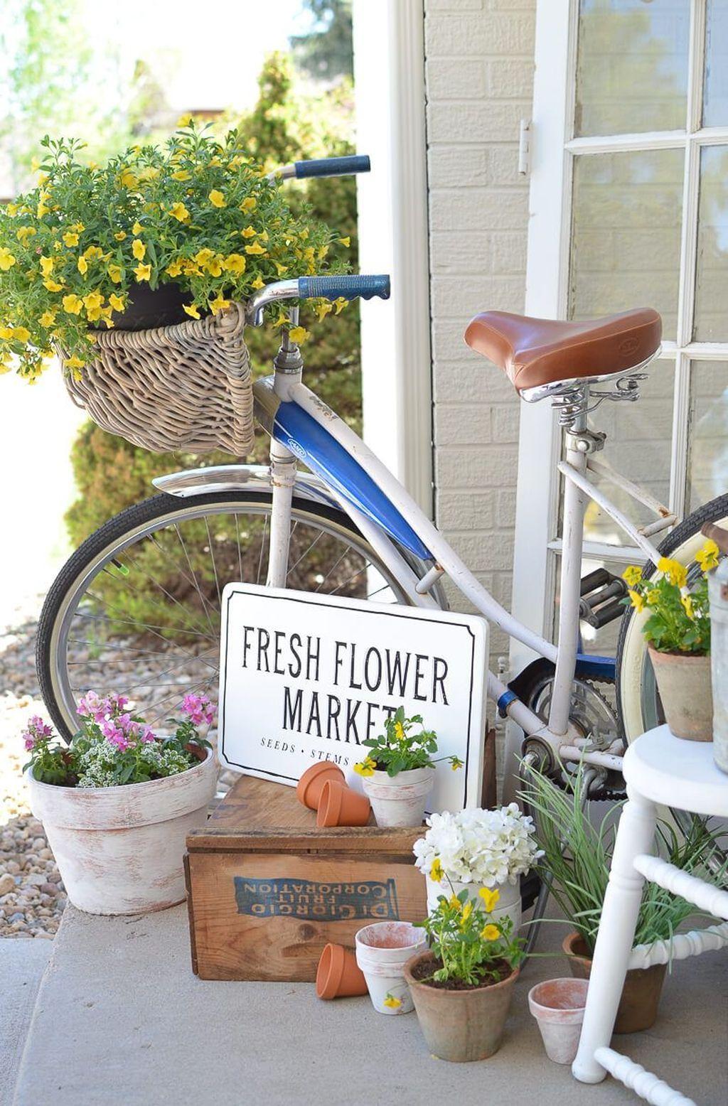 40 Gorgeous Spring Outdoor Decor Ideas Trendehouse Spring Porch Decor Spring Outdoor Decor Spring Porch