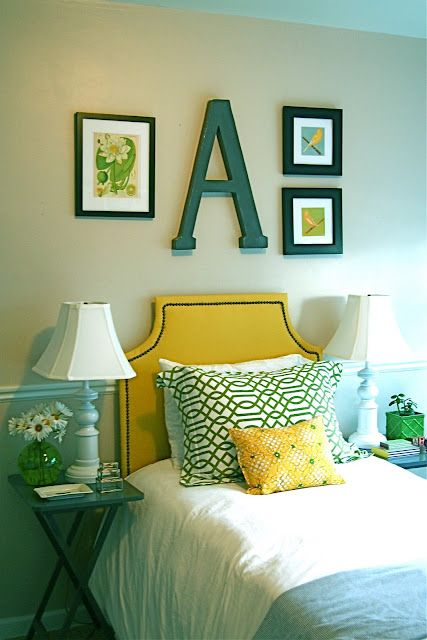 yellow and teal color scheme (and small bedroom idea) | Ideas for ...