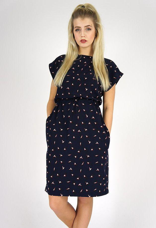 Lässiges Kleid mit Vogel-Print und Taschen, entspannter Schnitt mit ...