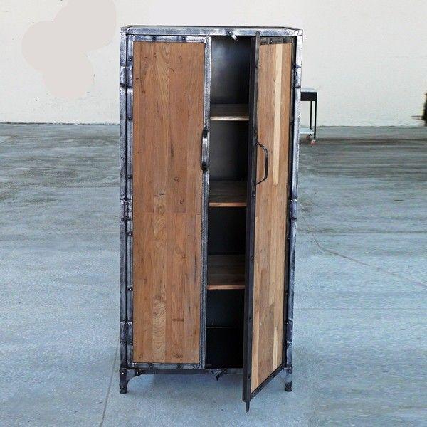 Spindschrank mit Holztüren