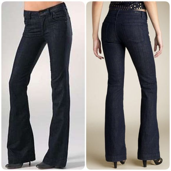 """COH Hutton Stretch #251 High Rise Wide Leg Jean COH Hutton Stretch #251 High Rise Wide Leg Jean in a dark washed denim. Double darts at the rear and perfect for curvy figures. Size: 29. Waist: 15"""" / Rise: 9"""" / Inseam: 32"""". 8.5"""" at the knee with a flare to a 10.5"""" leg opening. These jeans are in excellent pre-owned condition. Made in the USA!  Make an offer! Citizens of Humanity Jeans Flare & Wide Leg"""