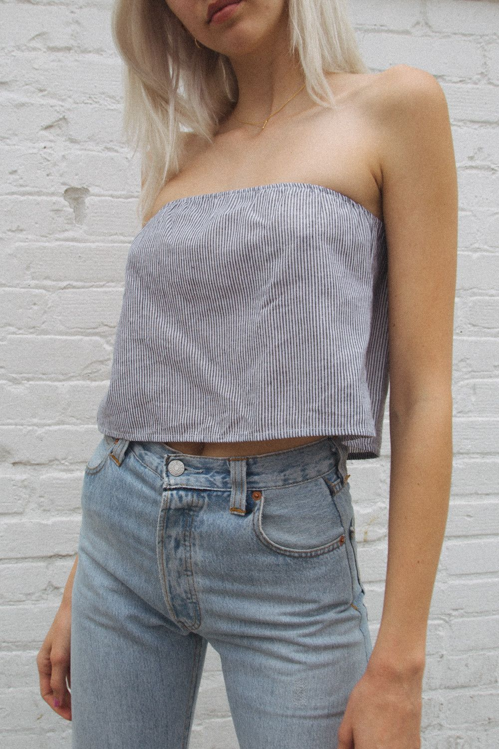 2d7a6891ae7 cassidy top. brandy melville. navy   white stripes.