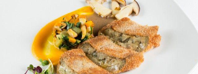 Osteria Da Katzlmacher: Tagliata di melanzane con trifolata di porcini zucca e bietola