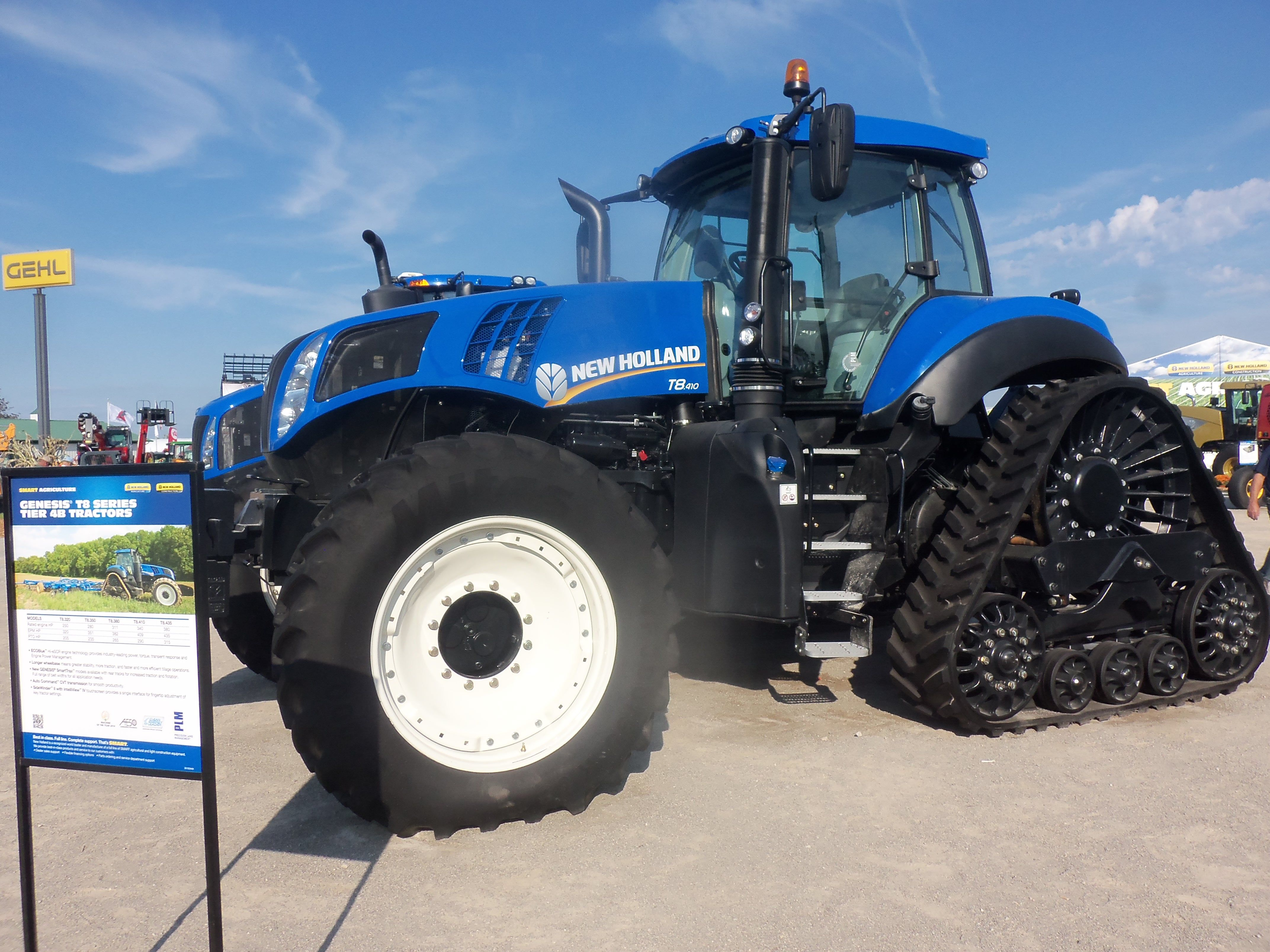 New Holland T8410 On Tracks New Holland Agriculture New Holland