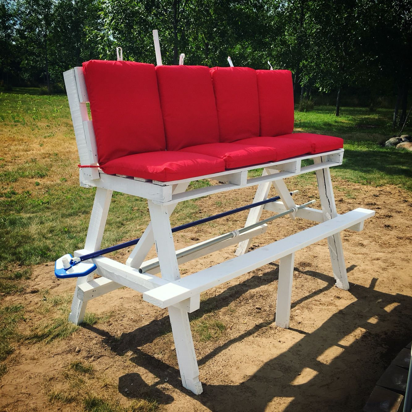 DIY #pallet lifeguard #chair  Outdoor chairs, Pool chairs